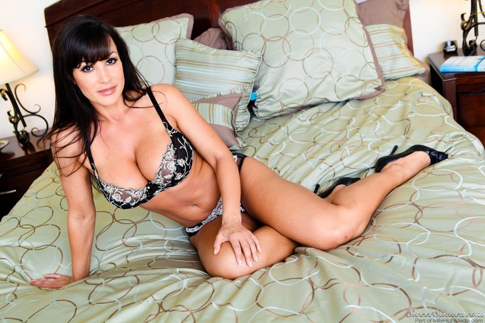 Lisa Ann - My Daughter's Boyfriend Volume 04