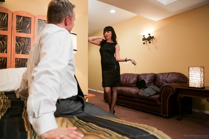 Dana DeArmond - The Escort #03