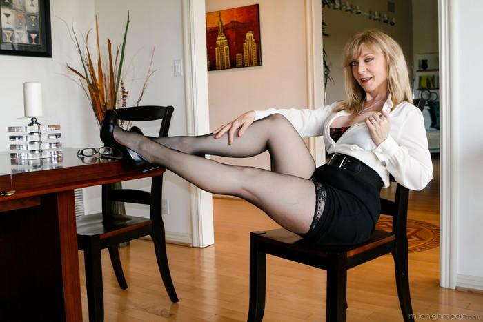 Nina Hartley Lesbian Slave