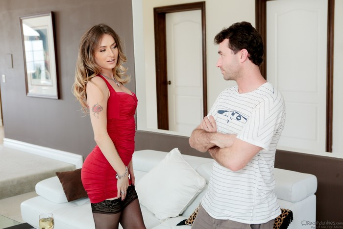 Natasha Starr - She's My Stepmom