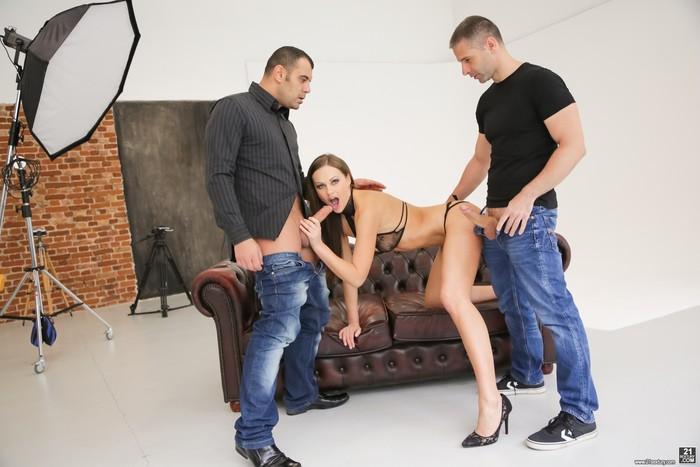 Tina Kay - A Porn Studio Anal - 21Sextury
