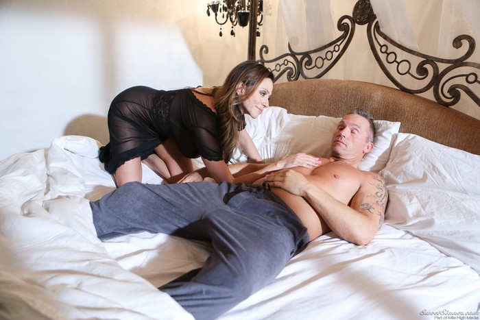 Ariella Ferrera - Mom And Dad Settle Their Daughters Dispute