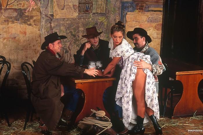 Saloon - Private Classics