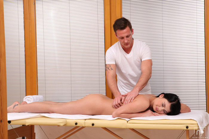 Lucy Li - Full Body Massage - Nubile Films