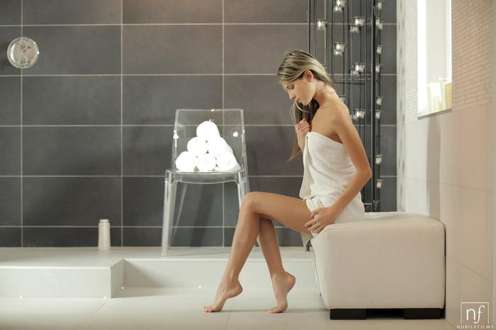 Gina Gerson - Cum Inside - Nubile Films