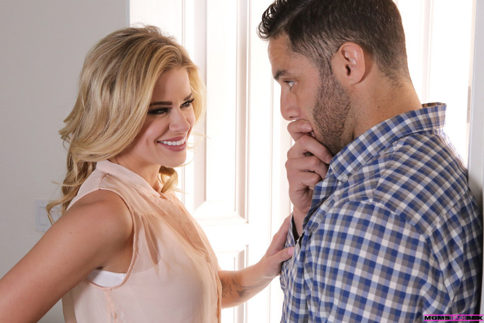 Jessa Rhodes, Lucy Doll - Stepmom Steps In - Moms Teach Sex