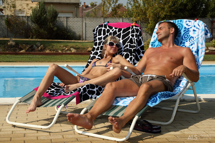Gina Gerson, Victor Solo - Bottoms Up - ALS Scan