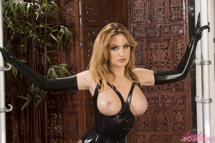 Angela Sommers - Latex Goddess