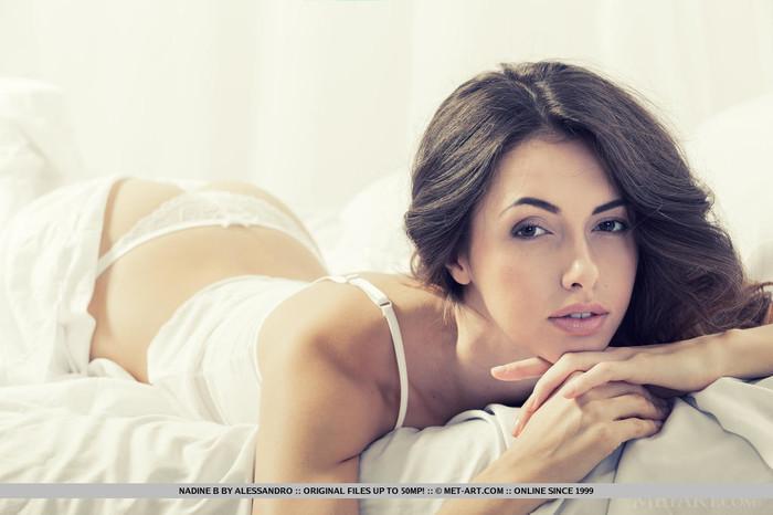 Nadine B - Lurra - MetArt