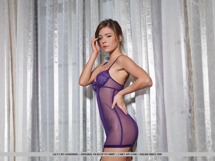 Lily C - Rosachaet - MetArt