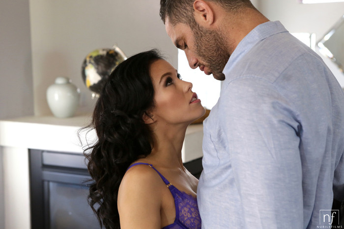 Megan Rain - Tease Me Please Me - Nubile Films