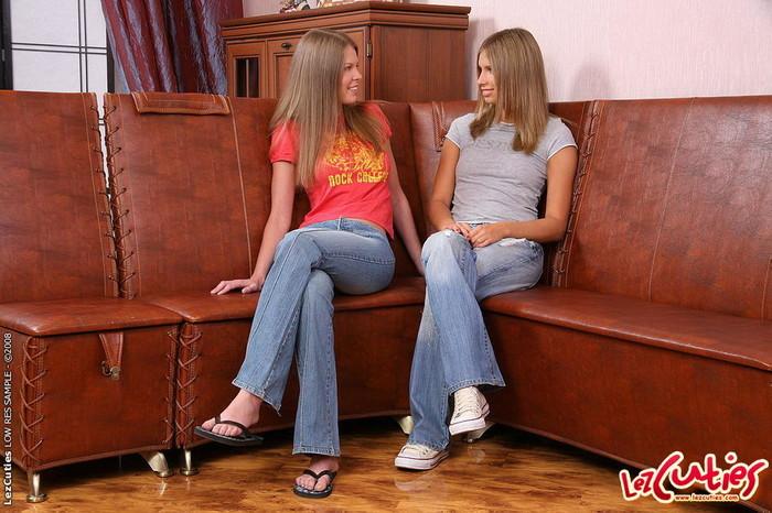 Kelly & Natalia Hardcore Lesbians - Lez Cuties