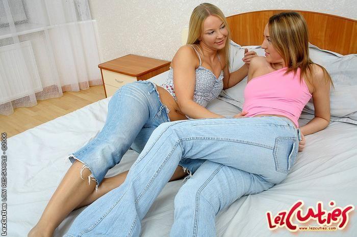 Lesbian Sex with Niki & Marika - Lez Cuties