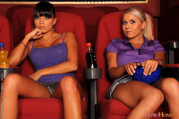 Lesbian Sex with Jacline & Sasha Cane - Lezbo Honeys