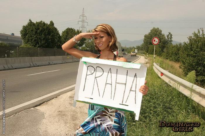 Hitchhiker Amanda Vamp Fucked