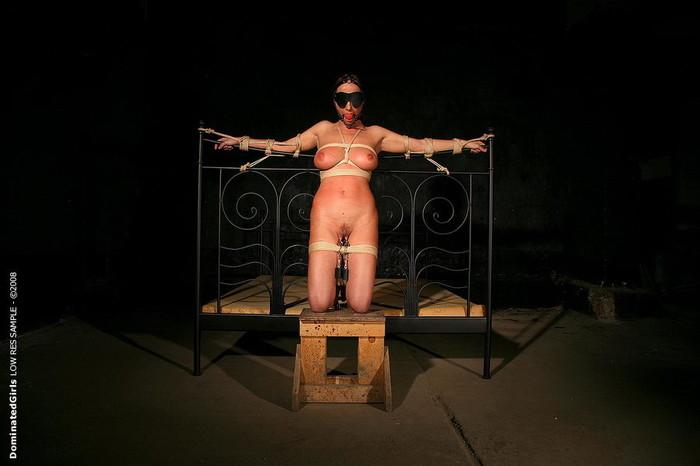 Anal Slave Girl Katy Parker Fucked