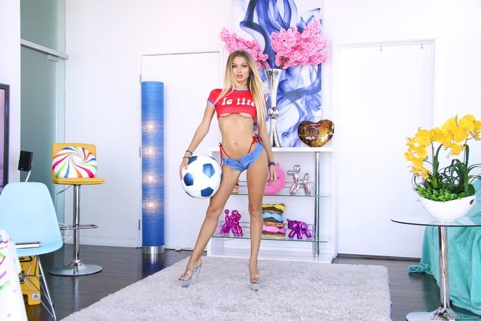 Natalia Starr - Hot-Bodied Natalia Sodomized To Gaping