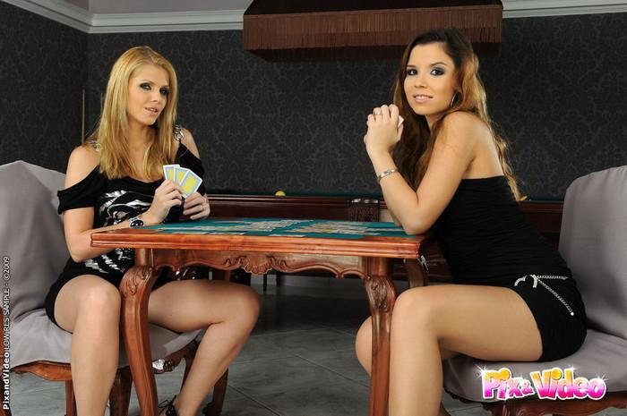 Dirty Lesbians Katalin & Peaches