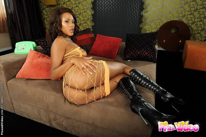 Keisha Kane - Pix and Video
