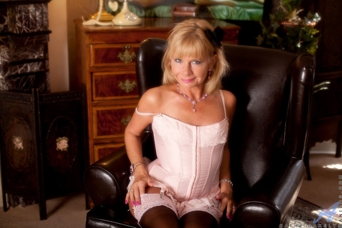 Cathy Oakely - Lingerie Pussy