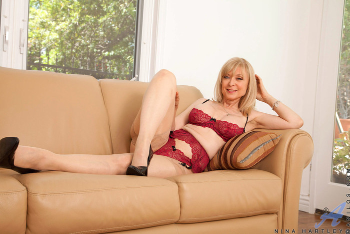 Nina Hartley - Silver Toy - Anilos