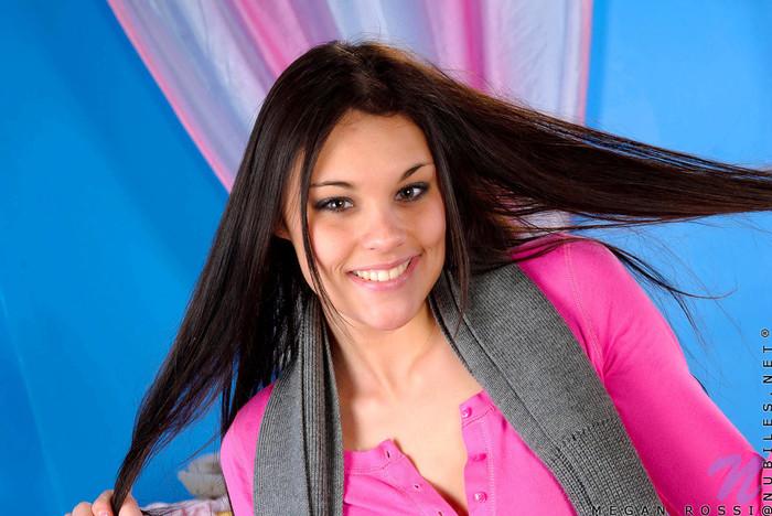 Megan Rossi - Nubiles