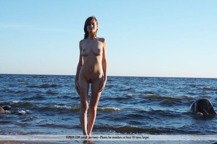 The Big Blue - Lea - Femjoy