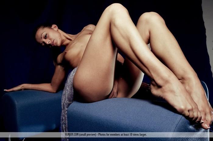 Exposure - Dominika - Femjoy
