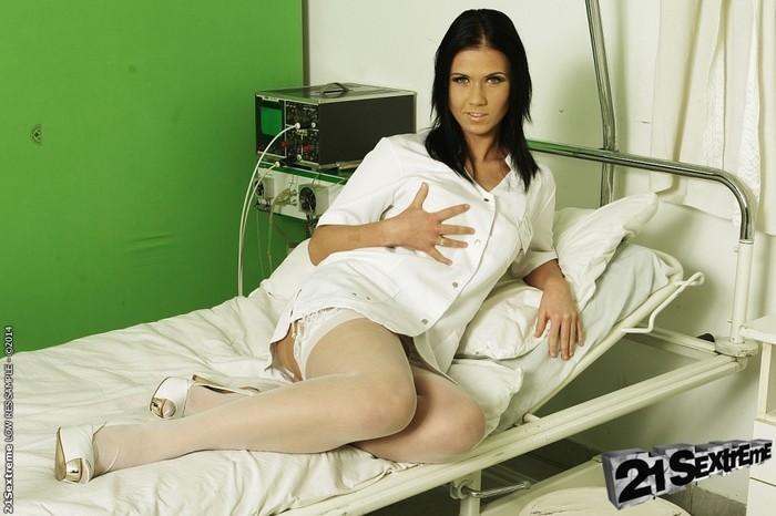 Denise Sky - 21Sextreme