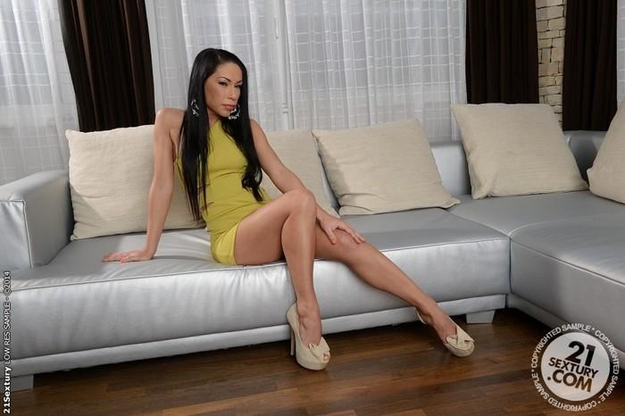 Mya Diamond - 21 Sextury