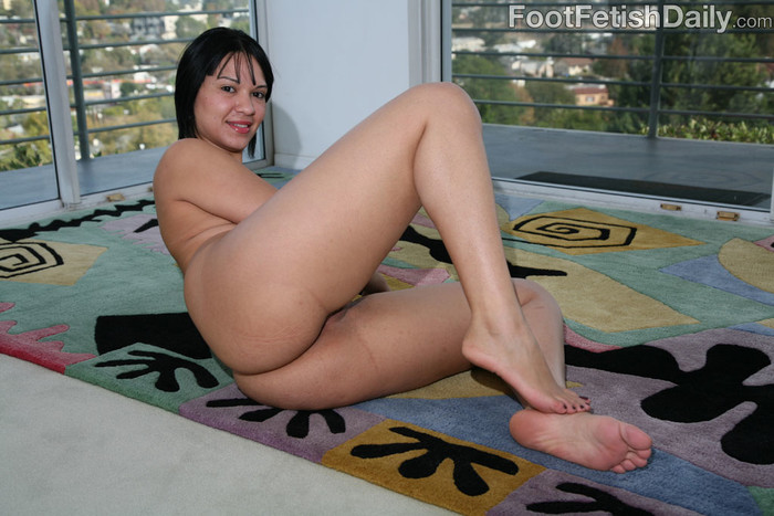 Rosario Stone Hardcore Dirty Feet