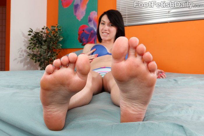 Megan Piper Rubs Her Feet and Toes Over a Hard Dick