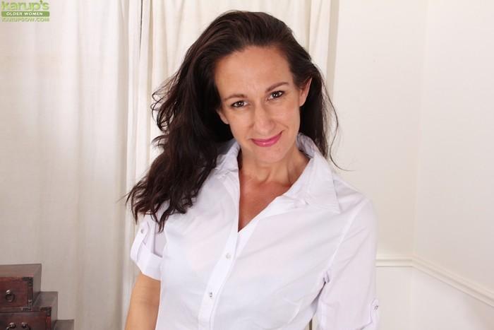 Genevieve Crest - Karup's Older Women