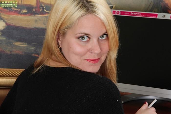 Lindsay Jackson - Karup's Older Women