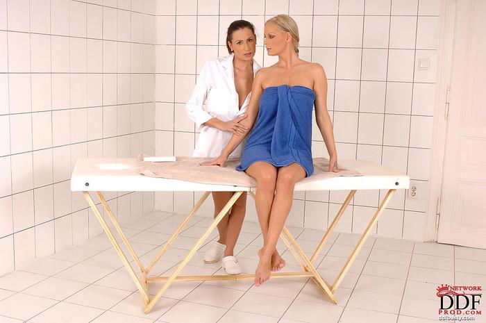 Sensual Jane & Sheila Grant