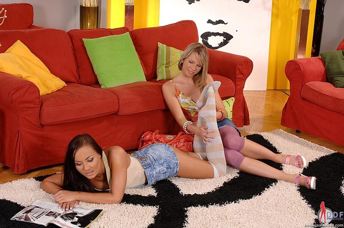 Mia & Nataly - Hot Legs and Feet