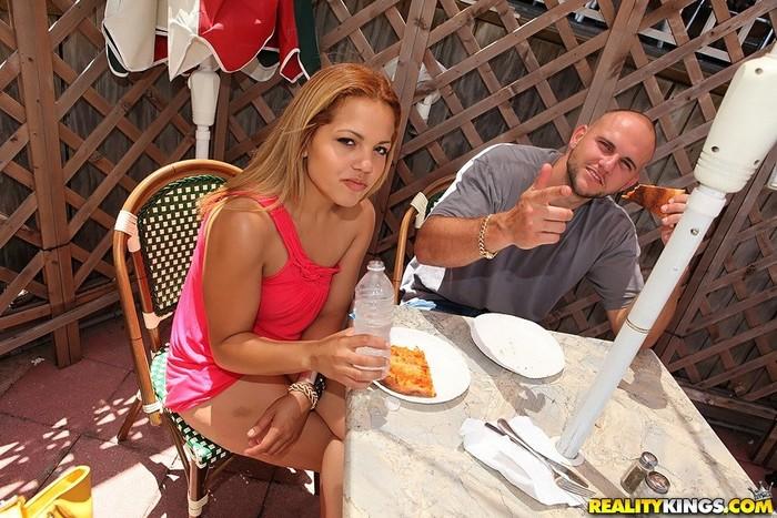 Cinthia - Brazilian Booty - 8th Street Latinas