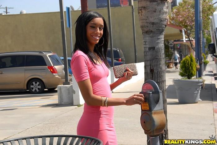 Isabella - Meter Laid - 8th Street Latinas