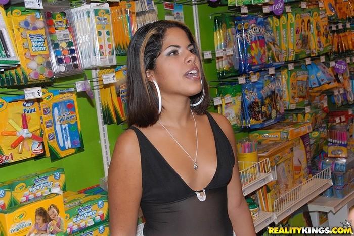 Lynie - Crafty Ass - 8th Street Latinas