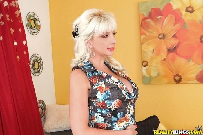 Natasha Juja - Naughty Natasha - Big Tits Boss