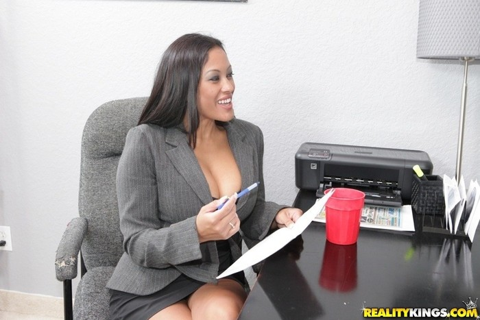 Maxine - Play For Work - Big Tits Boss