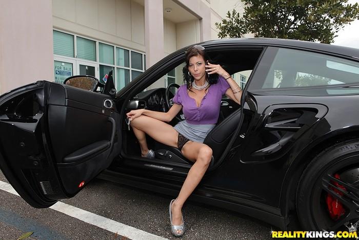 Alexis Fawx - Titty Talk - Big Tits Boss