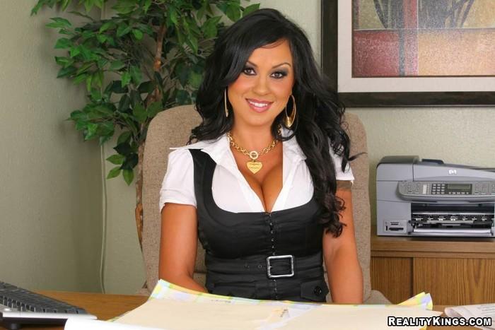 Mariah Milano - Money Maker - Big Tits Boss