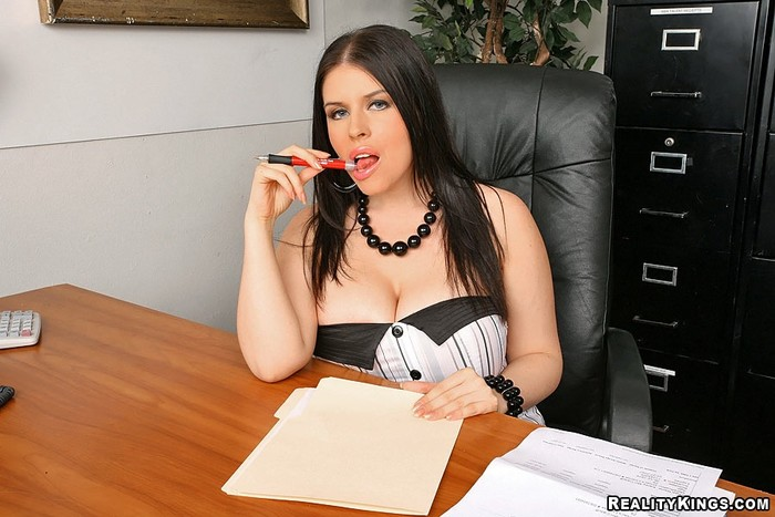 Daphne Rosen - Mrs Blow It All - Big Tits Boss