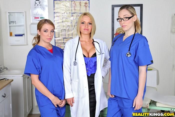 Krissy Lynn, Lily Labeau & Amy Brooke - Mix And Snatch