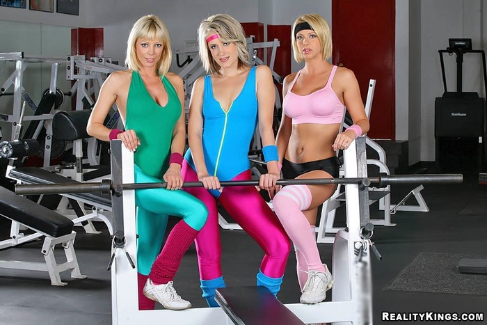 Kimberly Kane, Brianna Beach, Holly Sampson - CFNM Secret