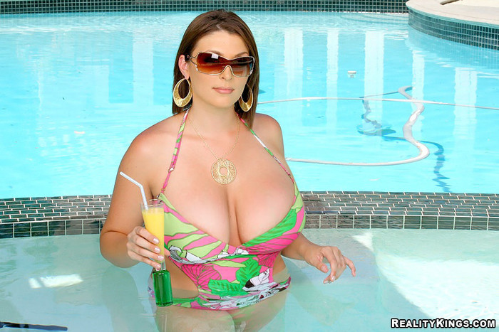 Charlie James - Great Bombs - Extreme Naturals