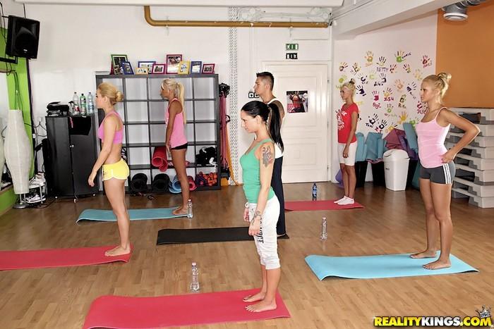 Aleska Diamond & Ivana Sugar - Yoga Love - Euro Sex Parties
