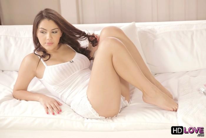 Valentina Nappi - Sweet Valentina - HD Love