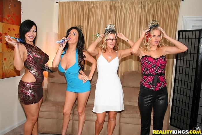 Arianna Labarbara, Brianna Ray & Kristen Cameron